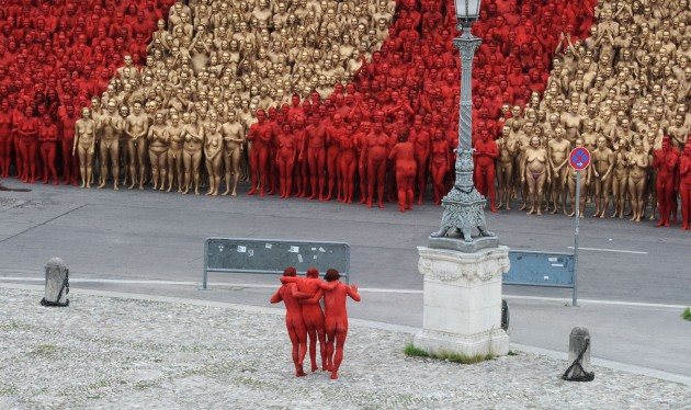 Installation by Spencer Tunick in Munich
