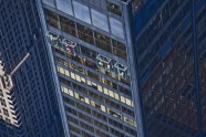 5. Glass balconies at Willis Tower (1) © Skydeck Chicago