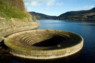 Ladybower reservoir - 11