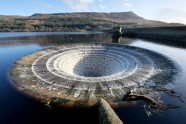 Ladybower reservoir - 16