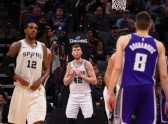 Basketbols, NBA spēle: Sanantonio Spurs - Sakramento Kings - 3