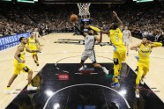 Basketbols; NBA; Spurs pret Nuggets; 2018 - 4